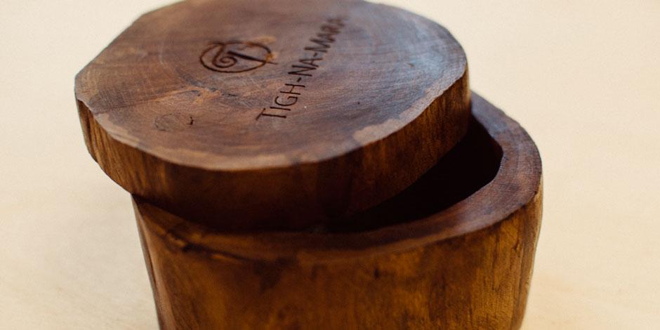 tighnamara-giftbox-02